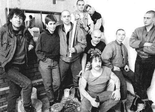 Sozialarbeiter_Sozialarbeiter-Michael-Wieczarek_Jugendclub-die-Wurzel_1992_web