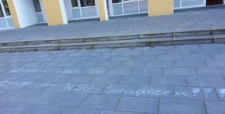 19. Mai 2014, Rechte Kreidemalerei vor dem Bucher Bürgerhaus