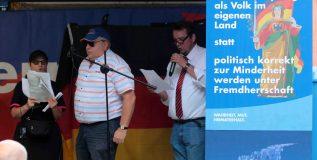 Wild setzt Seiferts Kampagne mit seinen Gesangskünsten in Szene (Steglitz, 18.06.2018)